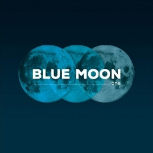 2013-03-22-f4e00f56_radio_blue_blue-moon-one_front.jpg